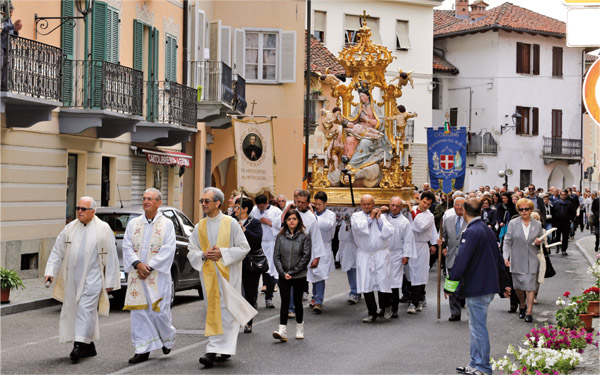 Processione della Beata Vergine Maria al Santuario di Sommariva del Bosco